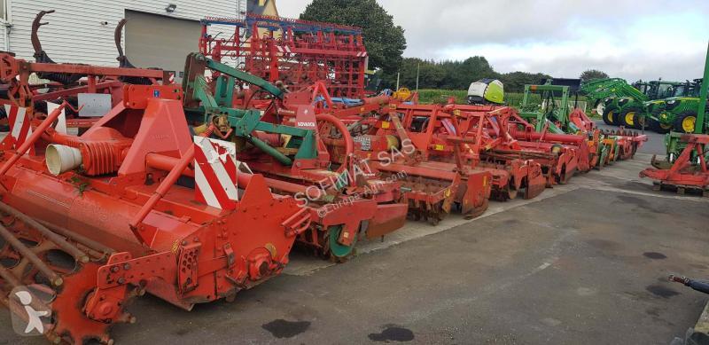 Преглед на снимките Почвообработващи машини с активни работни органи Kuhn SOFIMAT