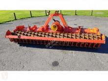 Aperos accionados para trabajo del suelo Kuhn HRB303D Grada rotatoria usado