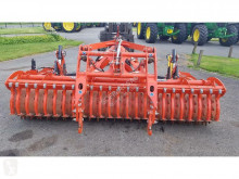 Преглед на снимките Почвообработващи машини с активни работни органи Kuhn HR3040
