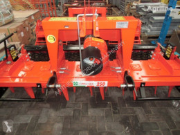 Преглед на снимките Почвообработващи машини с активни работни органи nc Rotorkopeg