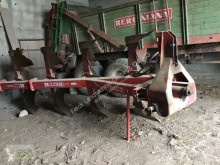 Aperos no accionados para trabajo del suelo Naud 4-Schar Pflug Arado usado