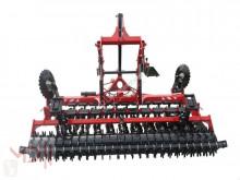 Déchaumeur MD Landmaschinen AFII Scheibenegge 3m mit Reifenwalze in halbaufgerängter Ausführung