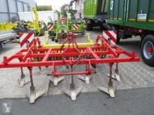 Pohyblivé zemní nástroje Pöttinger použitý