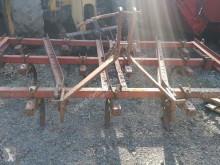 Pohyblivé zemní nástroje Case IH použitý