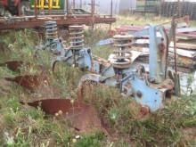 Aperos no accionados para trabajo del suelo Arado usado Ransomes