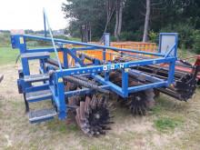 Ferramenta do solo não motorizado Charrua de gradar IAT Agrar - Hektor Gigant 3000V