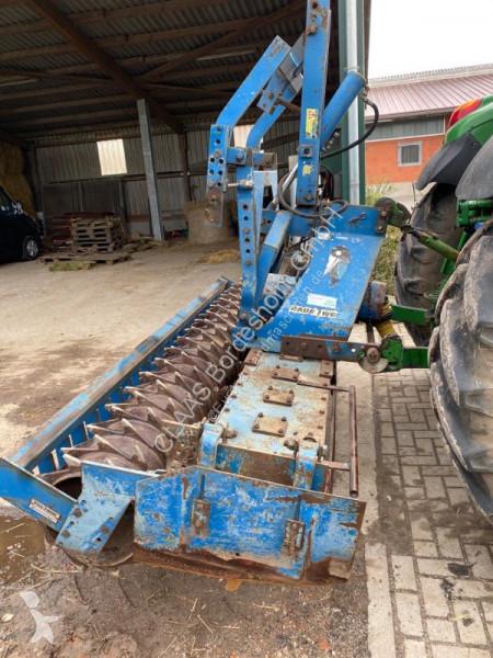 Преглед на снимките Почвообработващи машини с активни работни органи Rabe GZW 300