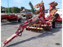 Pohyblivé zemní nástroje carrier cr 500 použitý