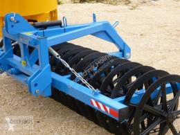 Aperos no accionados para trabajo del suelo Zagroda Frontpacker 3 / 700 Emplomado nuevo