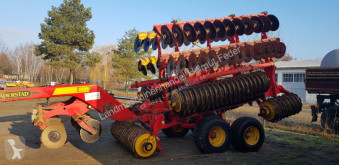 Väderstad Carrier 820 used Disc harrow