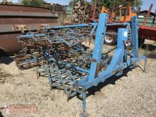 أدوات تربة غير متحركة مسلفة Lemken Koralle 4/510