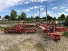 Aperos no accionados para trabajo del suelo Arado Kverneland PB 100 8 Schare