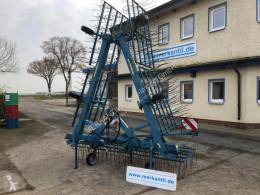 Aperos no accionados para trabajo del suelo Grada almohaza Köckerling Hackstriegel 900