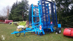 Aperos no accionados para trabajo del suelo Vibrocultivador Farmet Kompaktomat K800PS unbenutzt