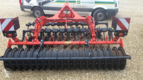 Kuhn Optimer+303** Grade descentrada usado