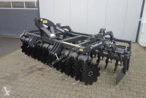 Krycí plodina Agroland Titanum 300 R Vorführmaschine