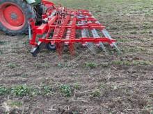 Aperos no accionados para trabajo del suelo B 6 R 5 Grada almohaza usado