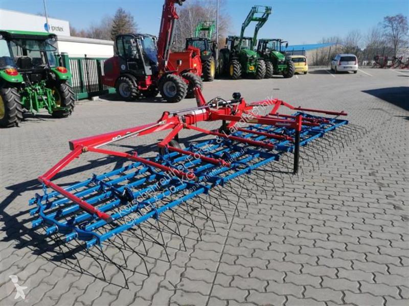 Преглед на снимките Почвообработващи машини с пасивни работни органи Hatzenbichler Original-Striegel 6m