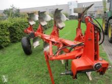 Aperos no accionados para trabajo del suelo Kuhn MM110 Arado usado
