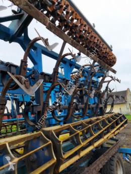 Преглед на снимките Почвообработващи машини с пасивни работни органи Farmet Kompaktomat 15,70m