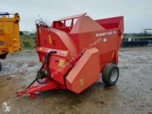 Kverneland Yem boşaltma makinesi ikinci el araç