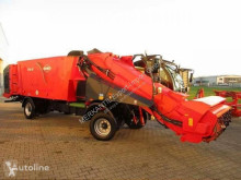 Distribution de fourrage Kuhn SPW 19 occasion