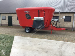 Peecon Biga topliner used Mixer feeder bucket