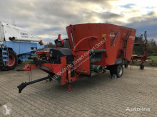 Distribution de fourrage Kuhn Profile Compact 14 occasion