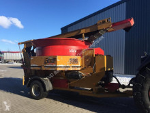 Distribution de fourrage Haybuster H1130 Biomassenmühle occasion