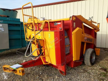 4500 L used Silage Feeder - Straw Blower