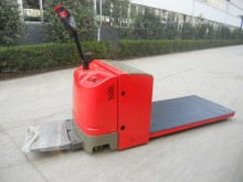 Transpaleta de conductor a pie Dragon Machinery TE20 Electric Pallet Truck