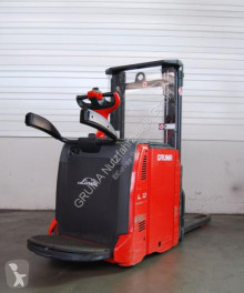 Linde L 12 L AP/133 pallet truck used stand-on