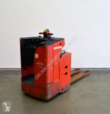 Linde stand-on pallet truck T 20 SF/144