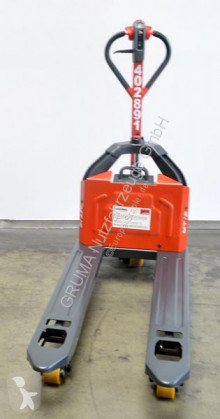 Pallet truck Linde MT 12/1131 tweedehands