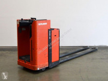 BT LSE 200 pallet truck used stand-on