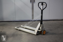 Crown pallet truck used