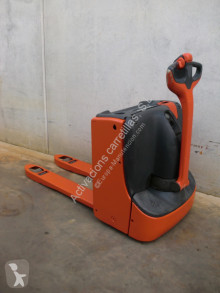 Paletovací vozík doprovod Linde T 16