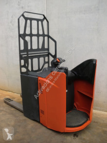 Linde stand-on pallet truck T 20 SP FRUTERA