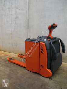 Linde stand-on pallet truck T 20 AP FRUTERA