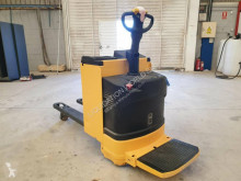 Transpallet OM TSX20 Electric pallet truck con pedana usato