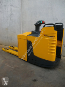 Jungheinrich ERE 225 PF pallet truck used stand-on