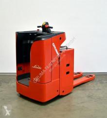 Транспалетна количка Linde T 20 SF/144 с платформа за прав водач втора употреба