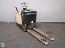 Crown pallet truck WT 3040