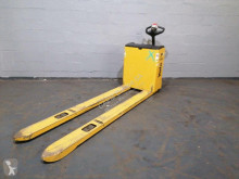Pallet truck Yale MP22 tweedehands