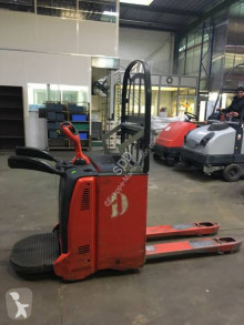 Fenwick T20 AP pallet truck used stand-on