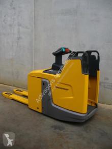 Paletovací vozík Jungheinrich ERE 225 PF pro řízení vestoje použitý