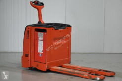 Linde T30 pallet truck used