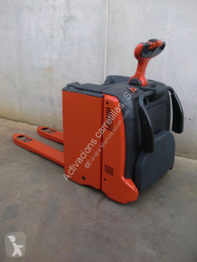 Linde stand-on pallet truck T 20 AP