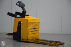 Транспалетна количка Jungheinrich ERE120 ръчноводим втора употреба