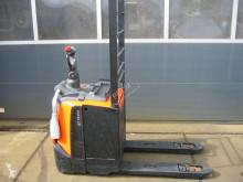 İstifleme makinesi eşlik eden BT LPE 200